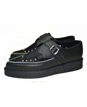 black Pointed creeper shoe...