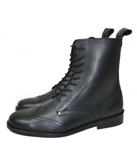 Black boots in grained...