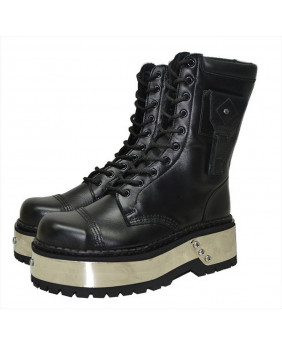 Black Boot in grained...