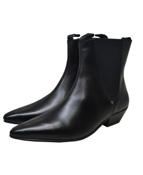 Black Cuban boots in...