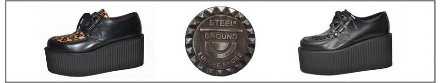 Sammlung von Creepers an Dreifachesohlen der Marke Steelground